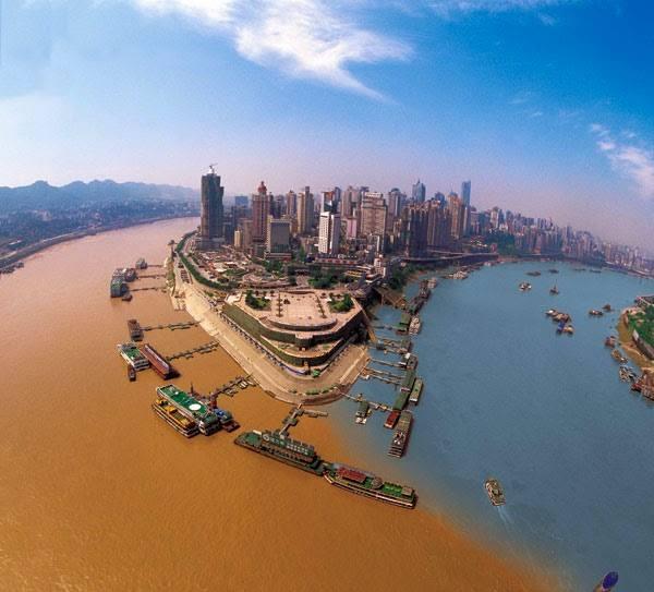 jailing-river-meeting-yangtze-river-in-chongqing-china