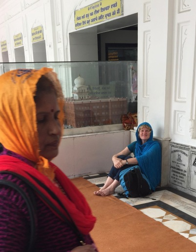 Lynnell waiting for me at Golden Temple