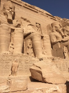 Abu Simbel: Rameses Lost One Head