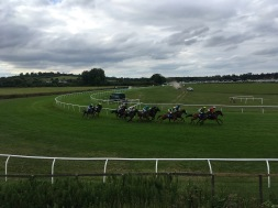 horse race, Stratford-Upon-Avon